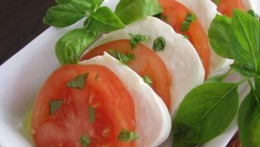 Snack: Tomato & Mozzarella