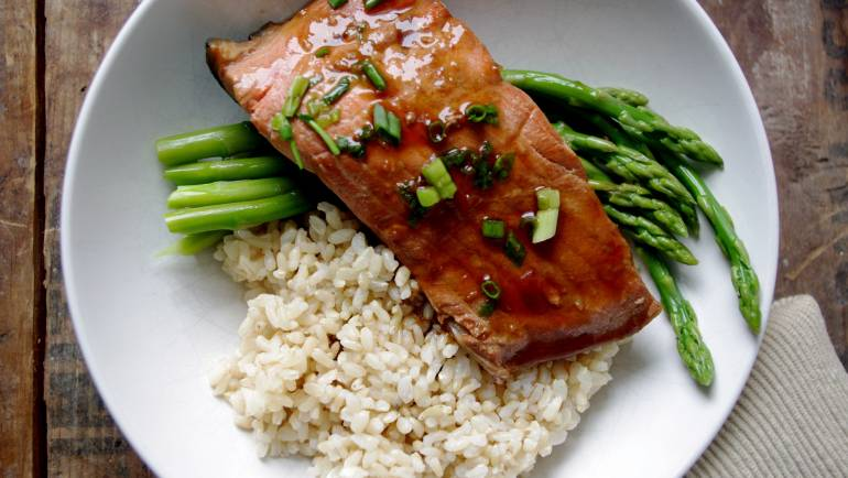 Salmon with Rice & Asparagus